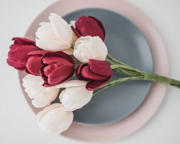 Suzanne Esper Tulip 1